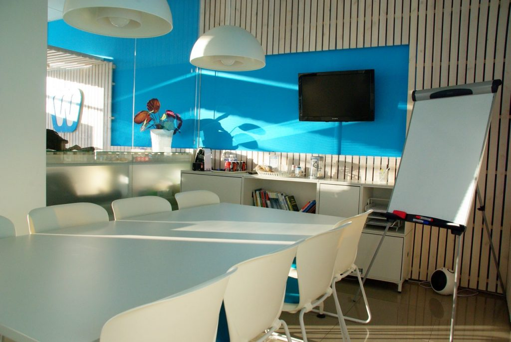 6 Ways To Decorate Your Office with Wall Mural