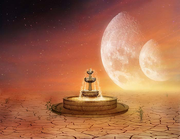Moon with Fountain